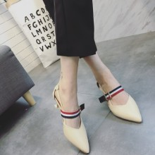 [PRE-ORDER] Women England Pointed Head Buckle Heels